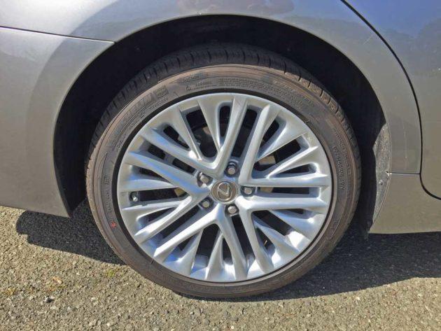 Lexus-ES-350-Whl