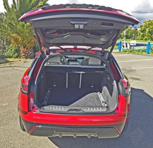 Range-Rover-Velar-Gte