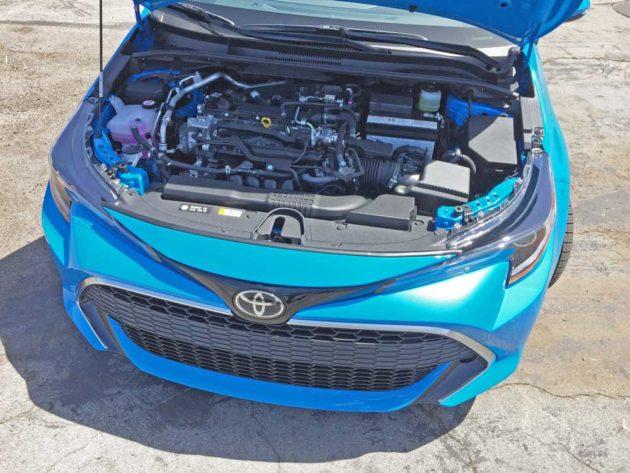 Toyota-Corolla-Hatch-Eng