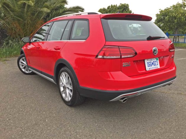 VW-Golf-Alltrack-LSR