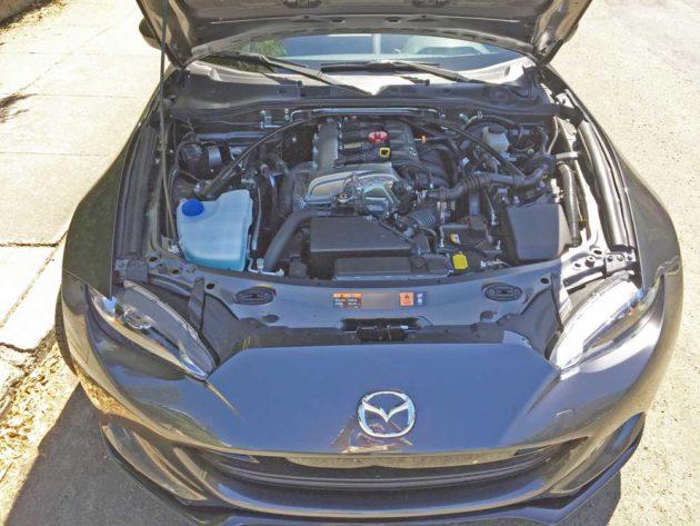 Mazda-Miata-Club-Eng