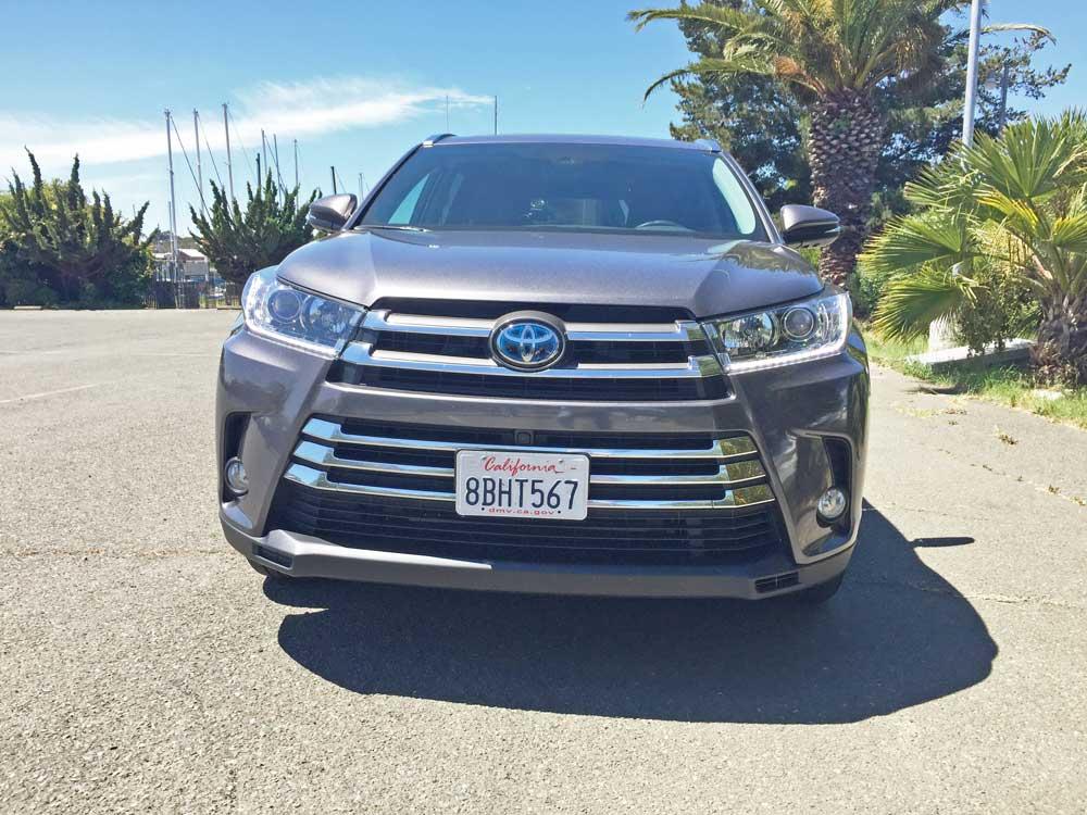 Toyota-Highlander-Hybrid-Nose