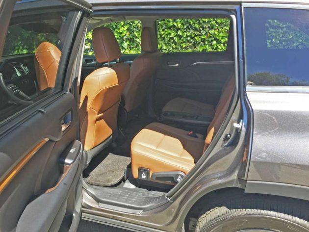 Toyota-Highlander-Hybrid-RInt