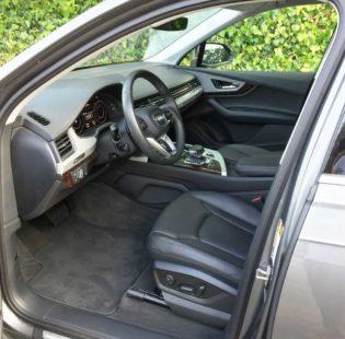 Audi-Q7-2.0T-Int
