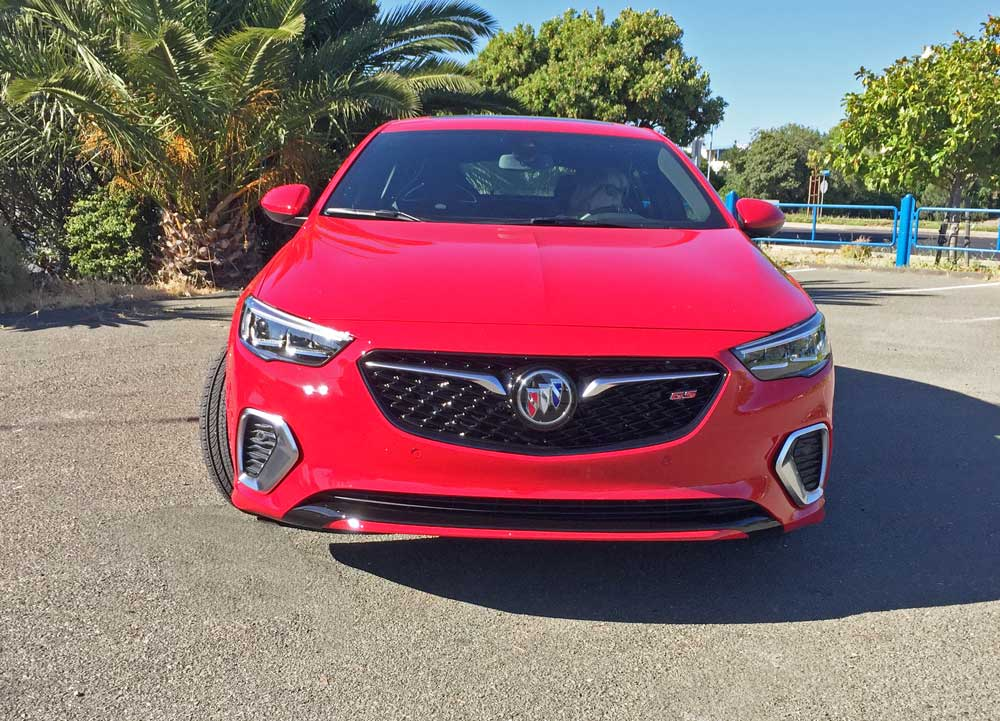 Buick-Regal-GS-Nose