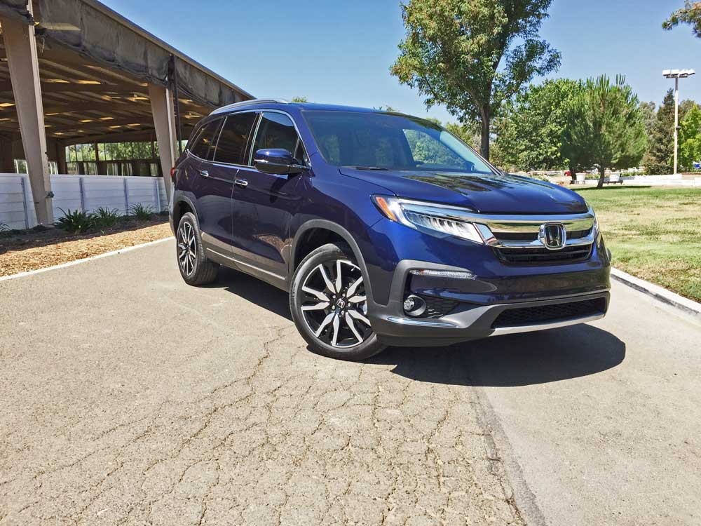 2019 honda pilot elite awd test drive our auto expert. Black Bedroom Furniture Sets. Home Design Ideas