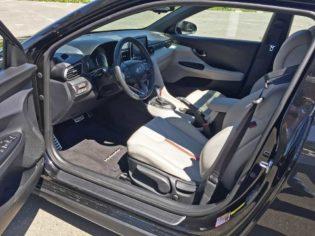 Hyundai-Veloster-Turbo-Int