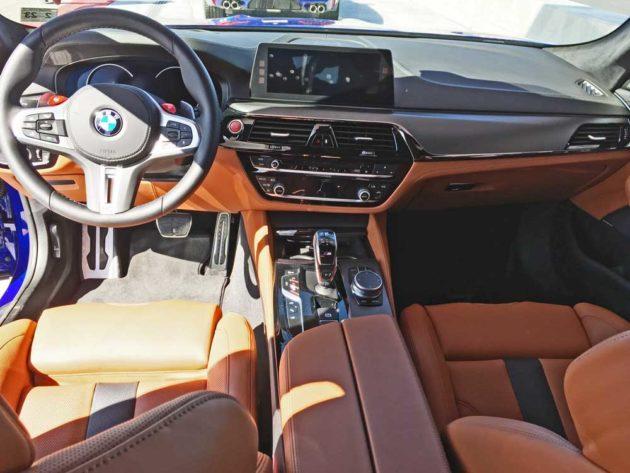 BMW-M5-Dsh
