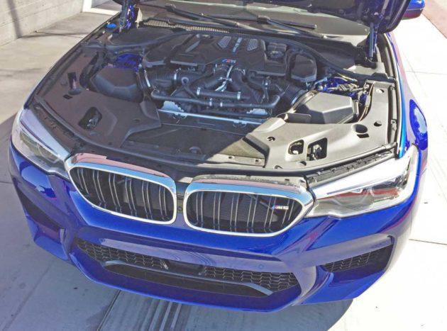 BMW-M5-Eng