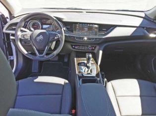 Buick-Regal-TourX-Dsh