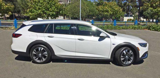 Buick-Regal-TourX-RSD