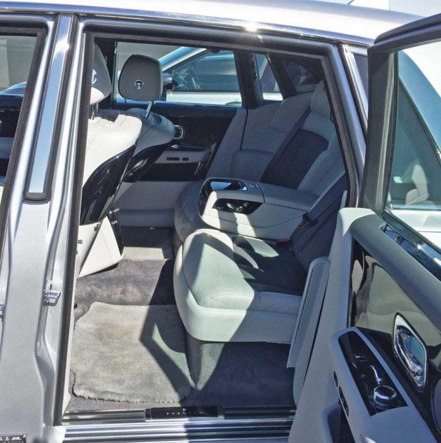 Rolls-Royce-Phantom-RInt