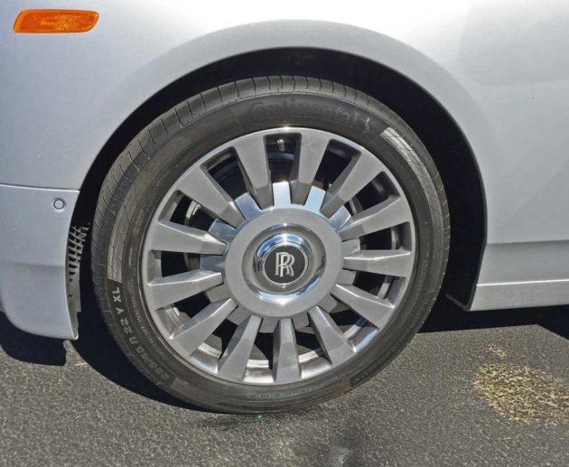 Rolls-Royce-Phantom-Whl