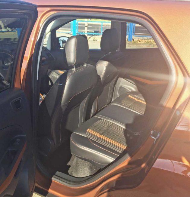 Ford-EcoSport-RInt