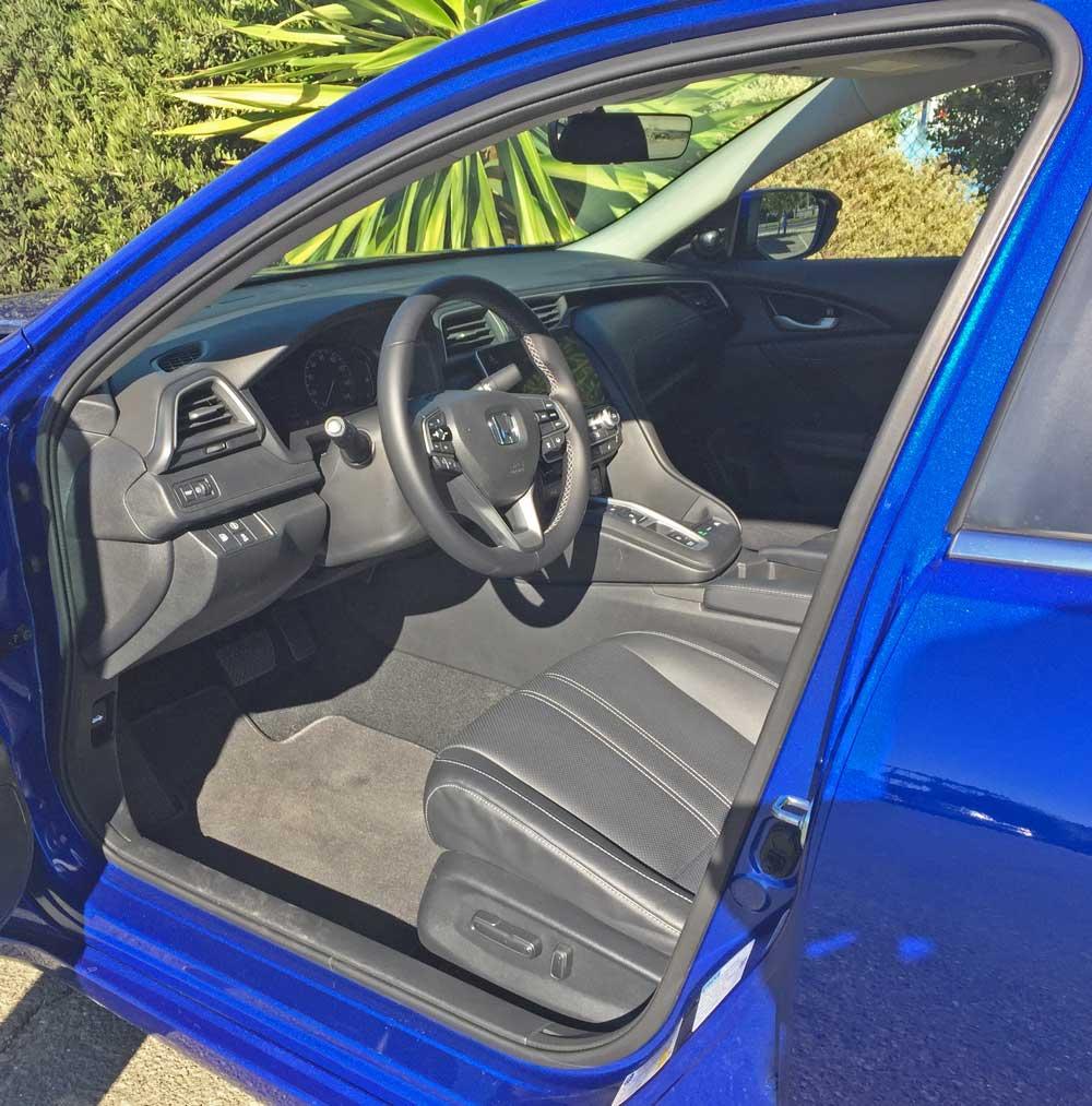 Honda-Insight-Hybrid-Int