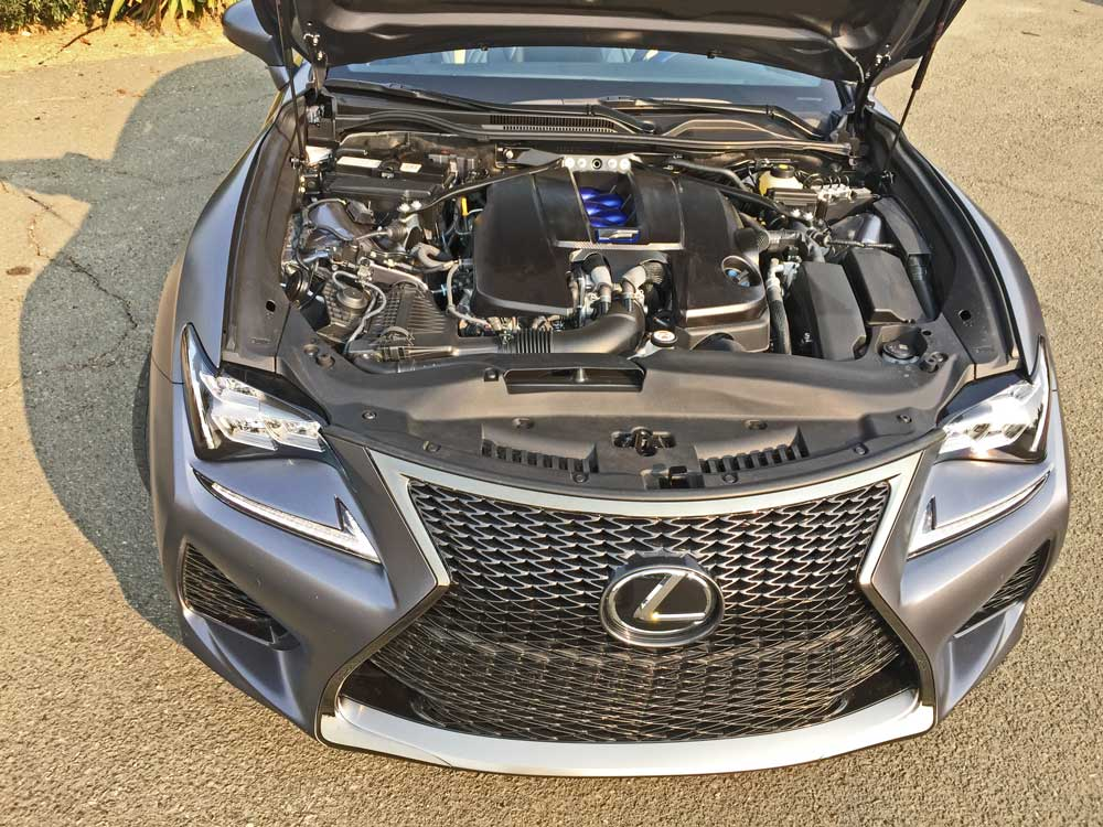 Lexus-RC-f-10th-Ann-Ed-Dsh