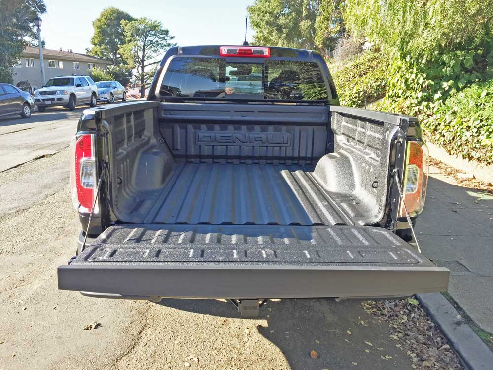 GMC-Canyon-Denali-Bed