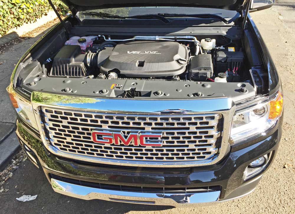GMC-Canyon-Denali-Eng