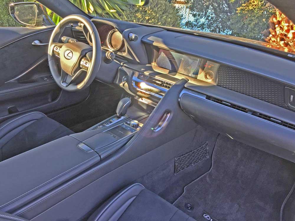 Lexus-LC-500-Coupe-Dsh
