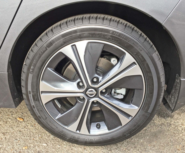 Nissan Leaf SL Whl