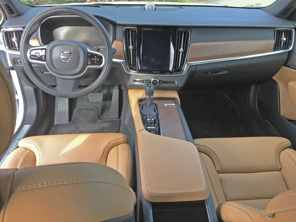 Volvo-S90-T6-Ins-Dsh