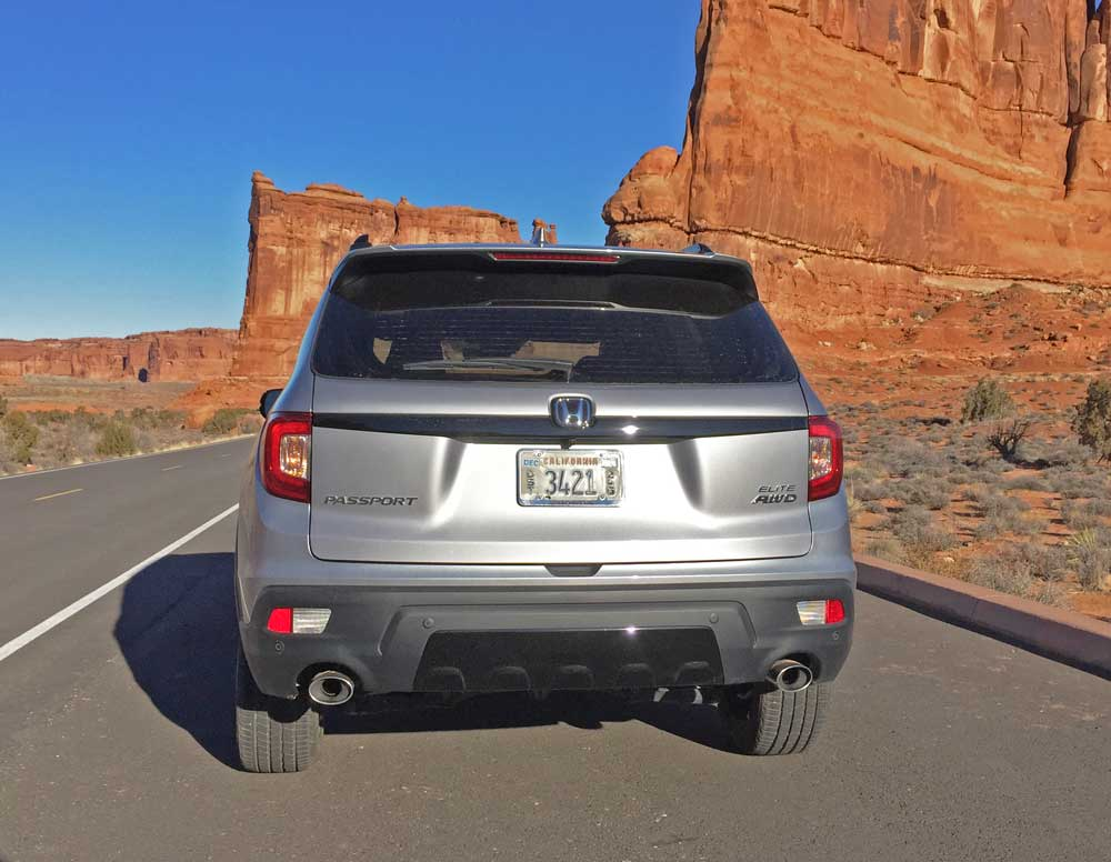 Honda-Passport-Elite-Tail