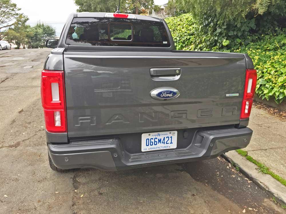 Ford-Ranger-SC-Lariat-Tail