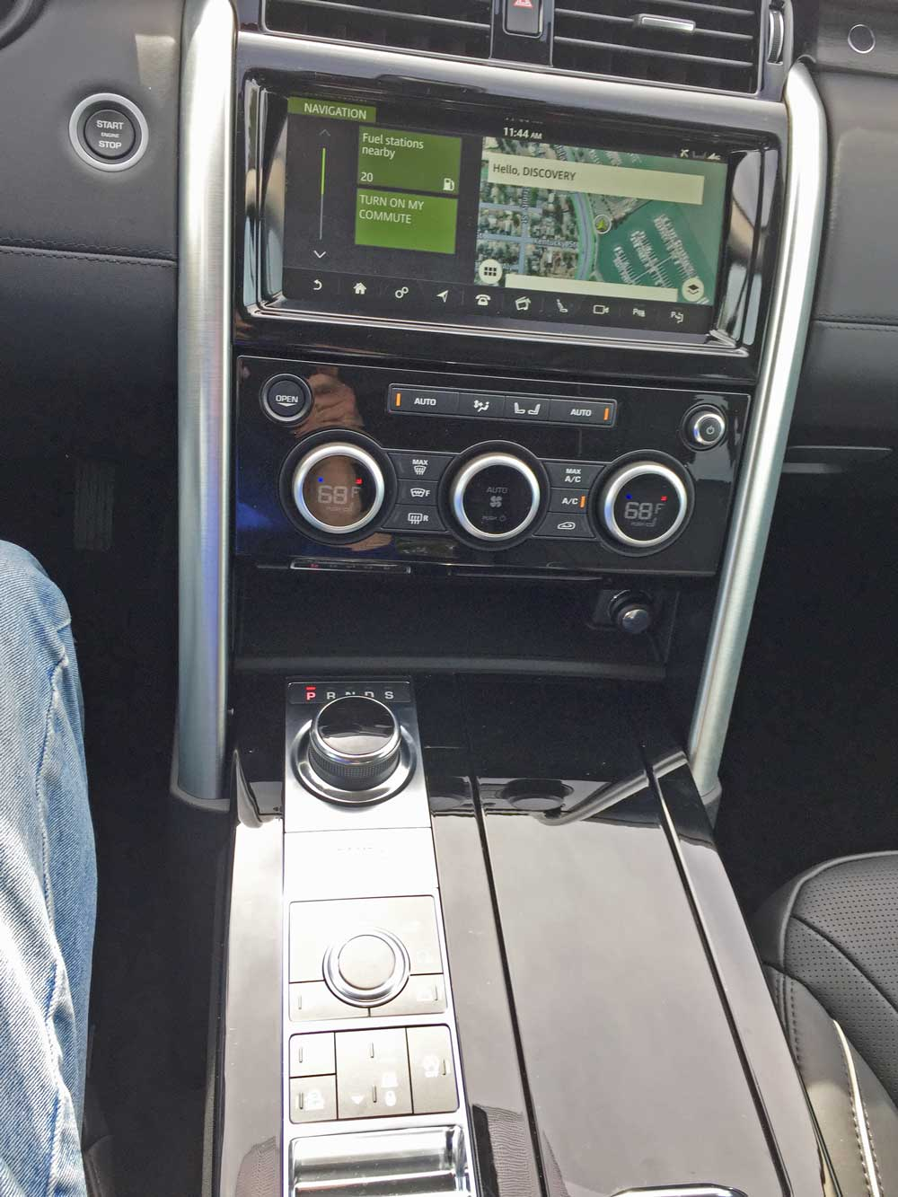 Land-Rover-New-Discovery-HSE-Lux-Cntrls