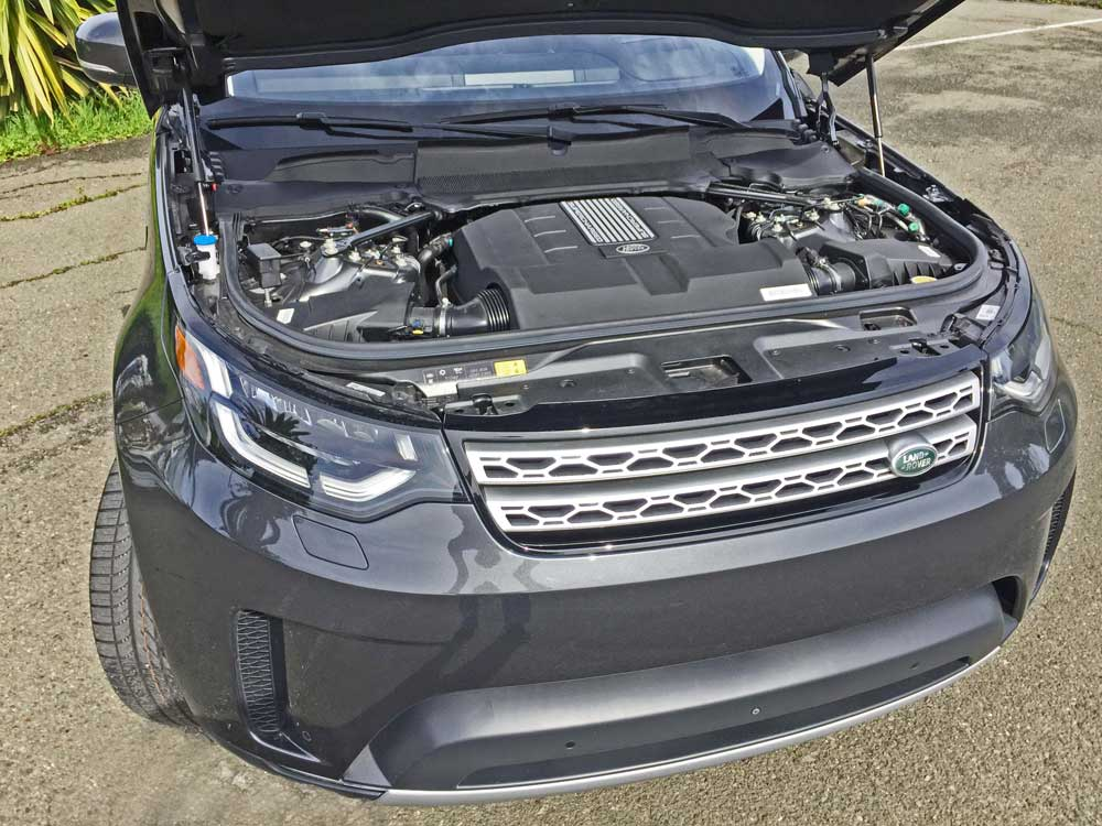 Land-Rover-New-Discovery-HSE-Lux-Eng