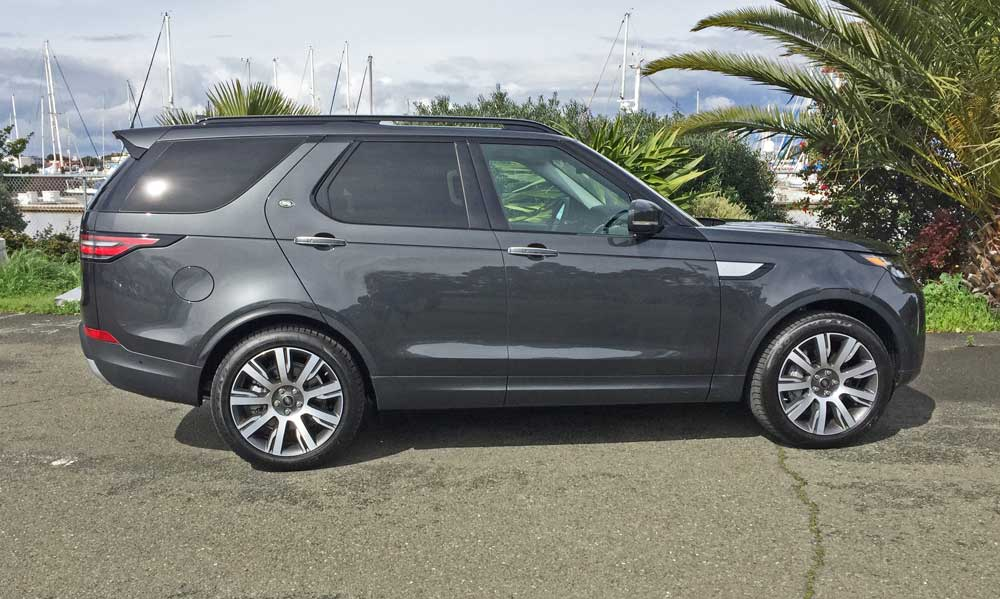 Land-Rover-New-Discovery-HSE-Lux-RSD