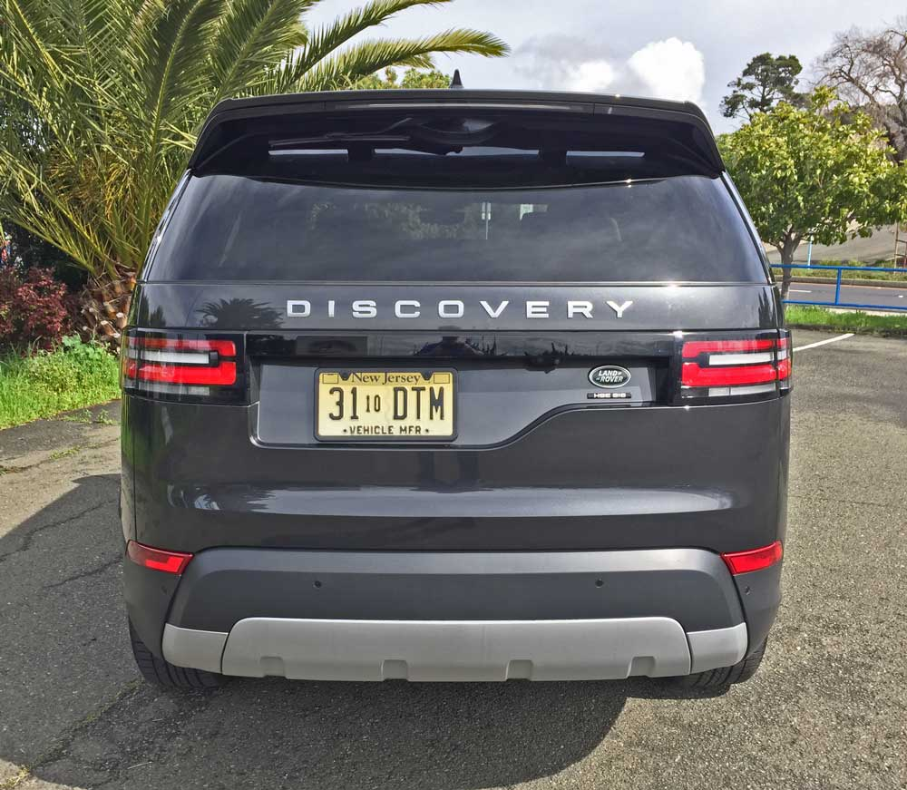 Land-Rover-New-Discovery-HSE-Lux-Tail