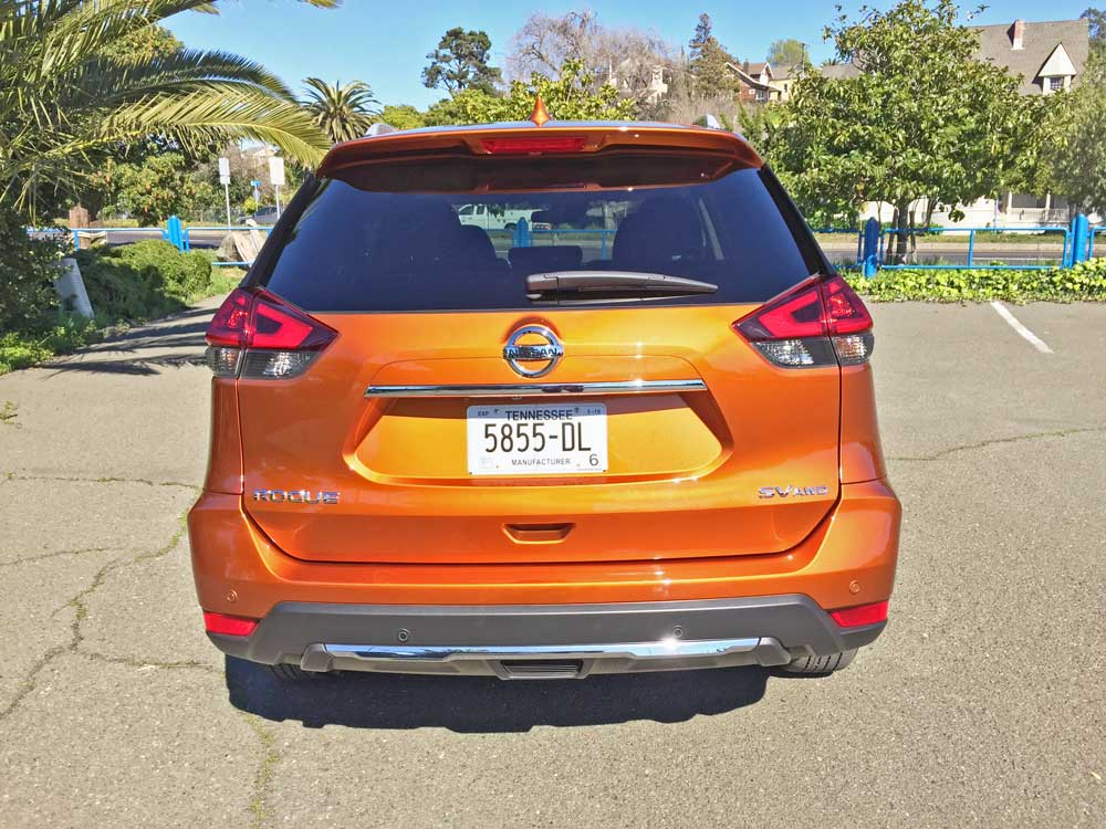 Nissan-Rogue-SV-AWD-Tail