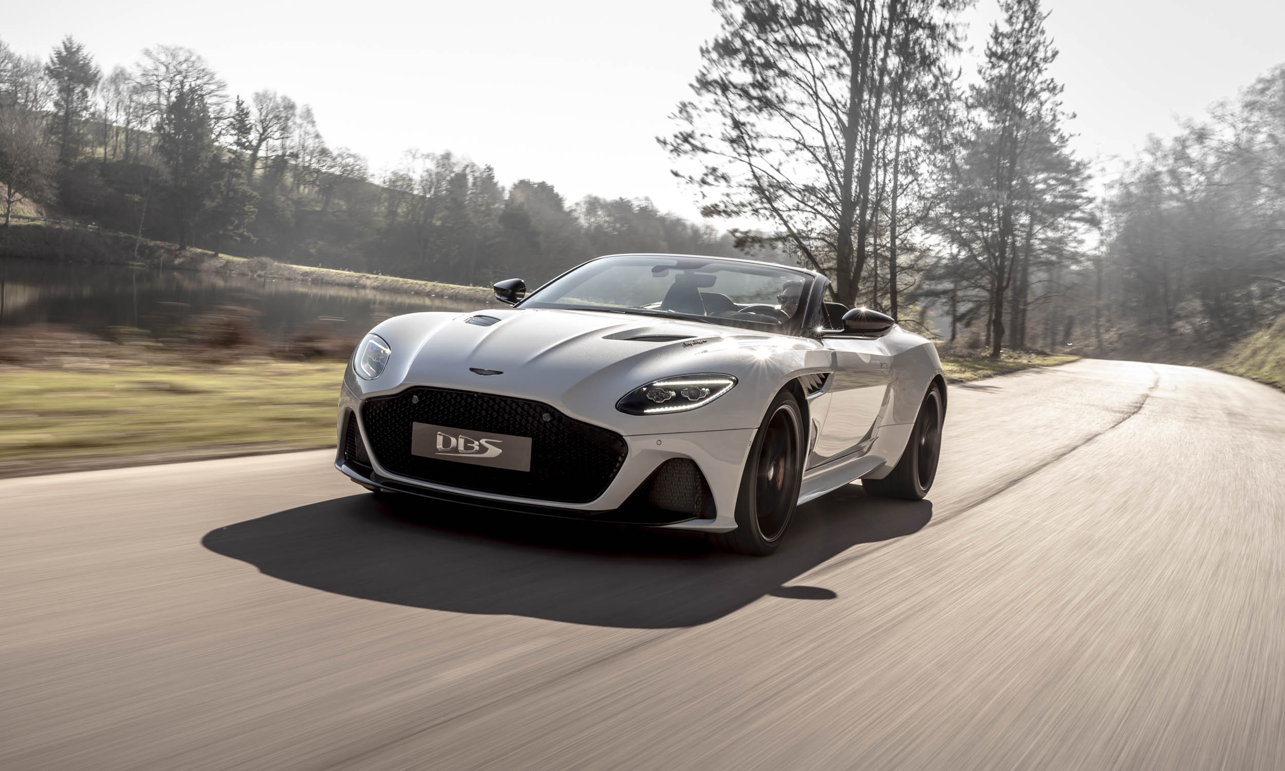 Aston Martin DBS Superleggera Volante: First Look