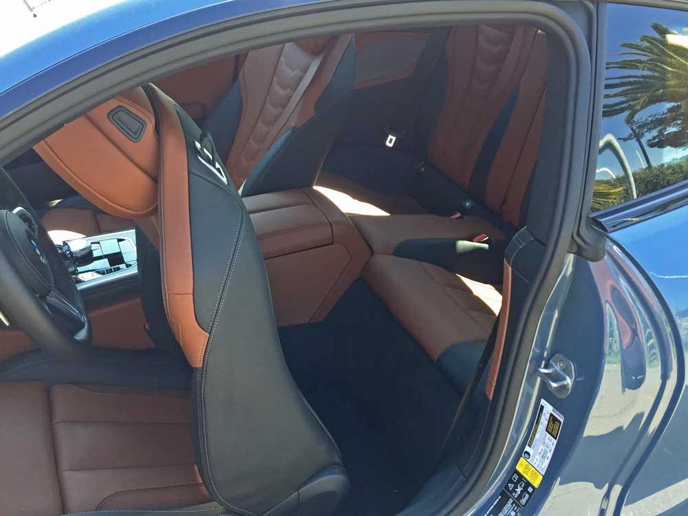 BMW-M850i-RInt