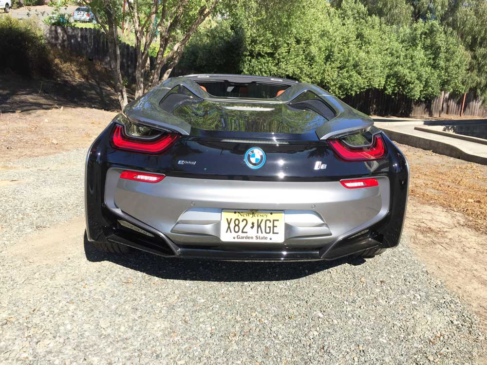 BMW-i8-Roadster-Tail