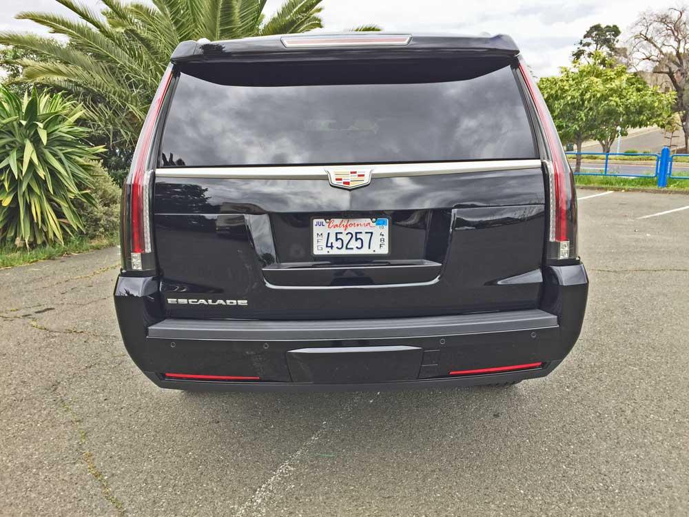 Cadillac-Escalade-ESV-Tail