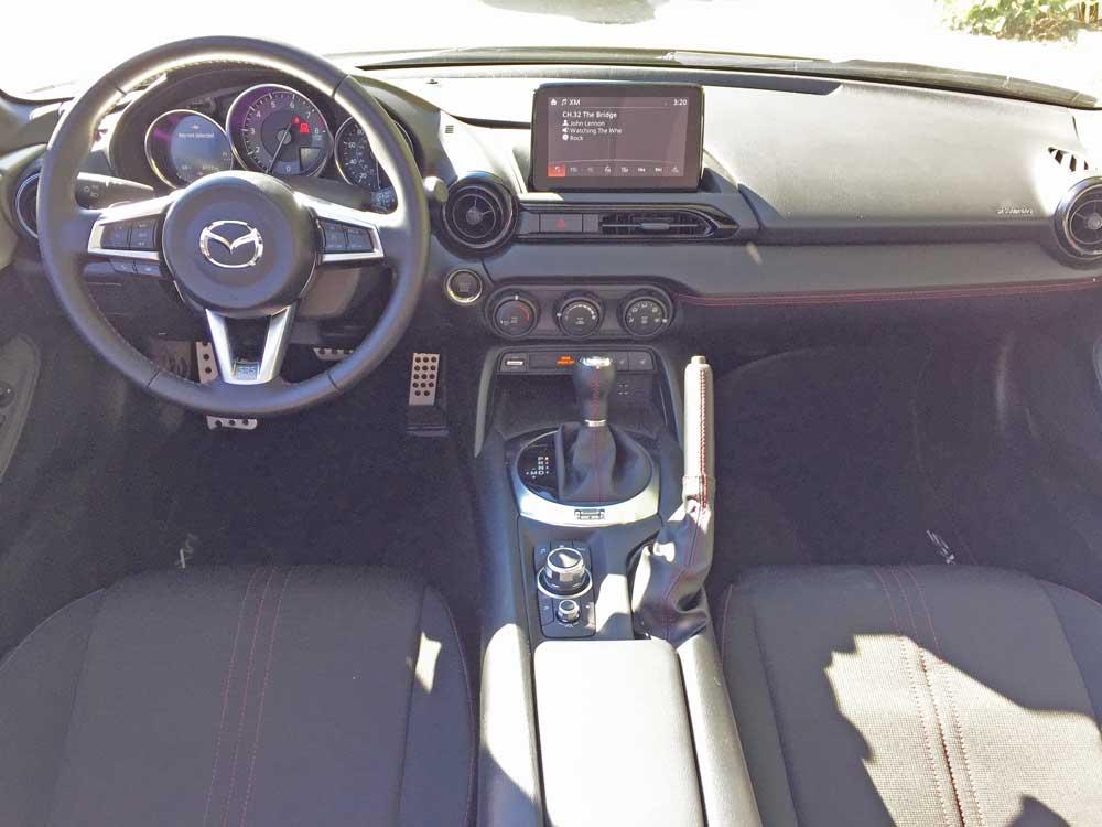 Mazda-MX-5-Miata-Club-RF-Dsh