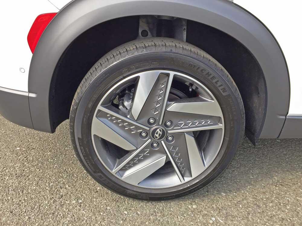 Hyundai-NEXO-FCEV-Whl