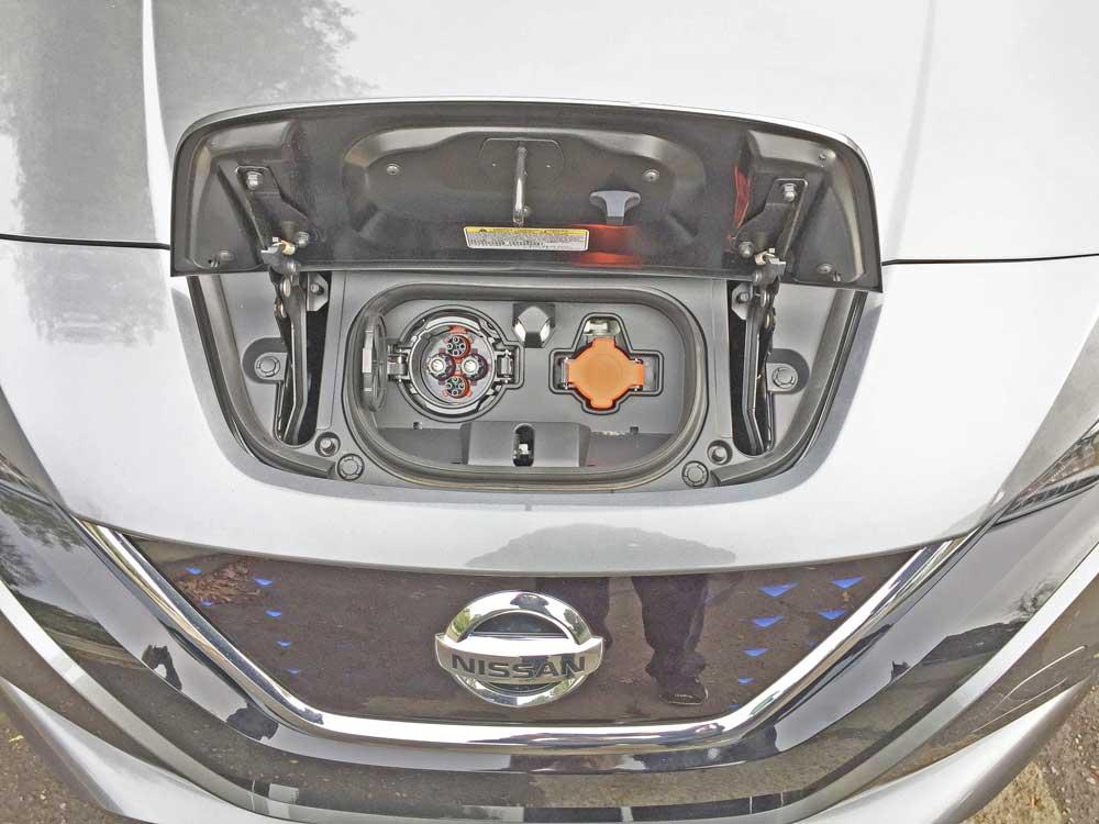 Nissan-Leaf-SL-Chg-Prt