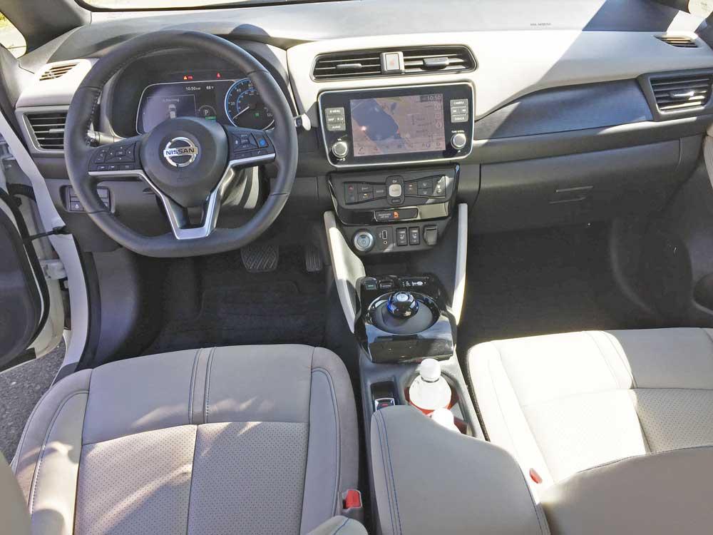 Nissan-Leaf-SL-Plus-Dsh