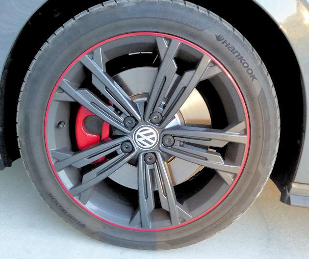 2019 Volkswagen Jetta Gli: 2019 Volkswagen Jetta GLI 35 Test Drive