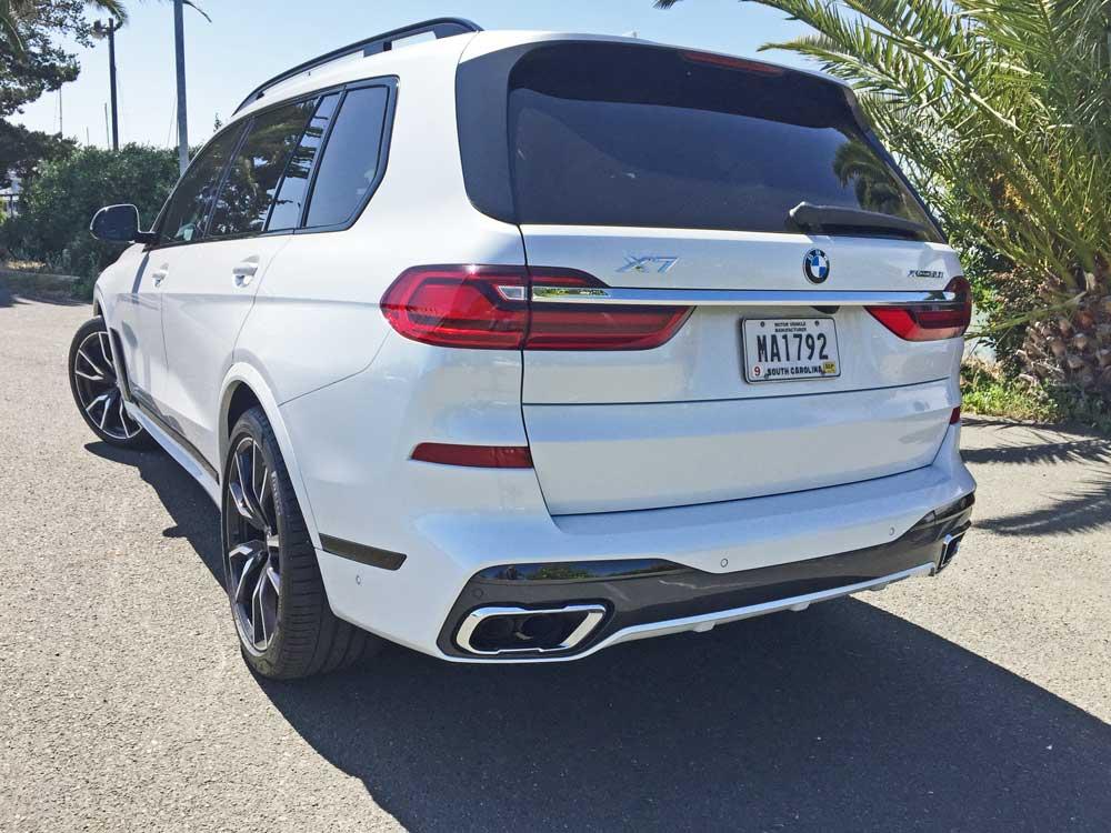 BMW-X7-50i-LSR