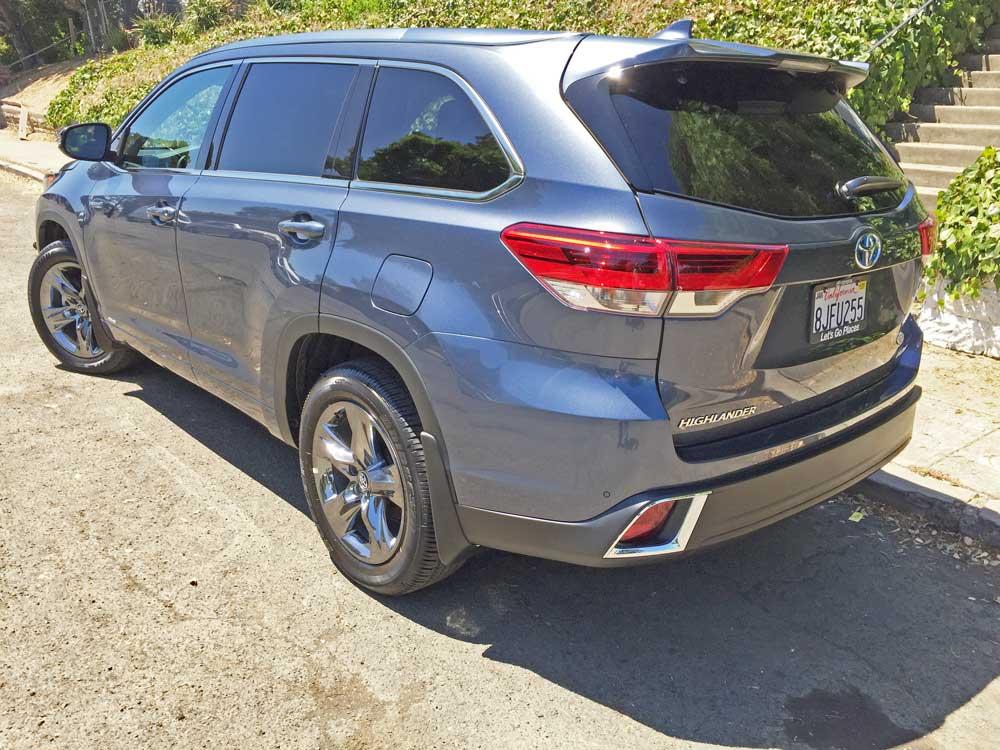 2019 Toyota Highlander Hybrid Limited Platinum AWD Test ...