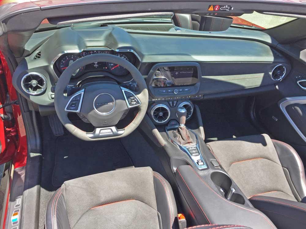 Chevy-Camaro-ZL1-Conv-Dsh