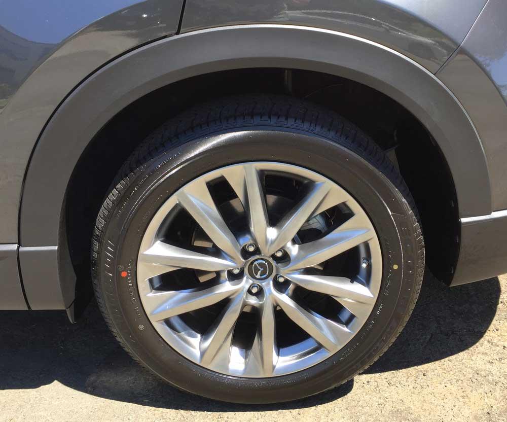 Mazda-CX-9-Sig-Whl