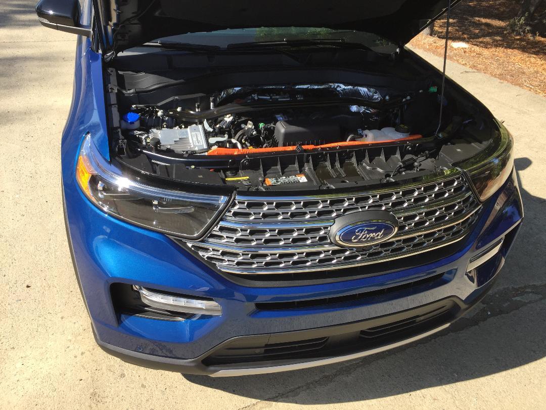 2020 Ford Explorer Hybrid Limited engine