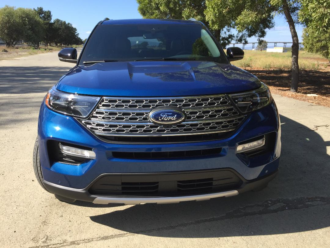 2020 Ford Explorer Hybrid Limited grill