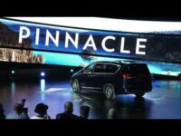 Chysler Pacifica AWD Introduction Chicago Auto Show | Our Auto Expert