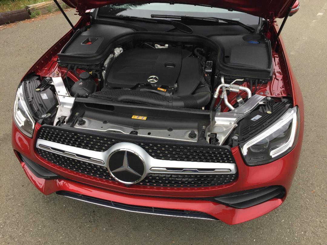 MBZ GLC 300 Engine