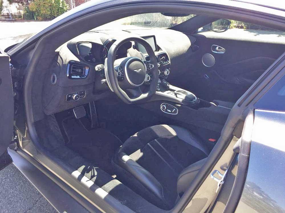 2020 Aston Martin Vantage Coupe driver's seat